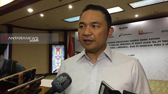 Direktur Utama Garuda Indonesia Ari Askhara. (ANTARA)