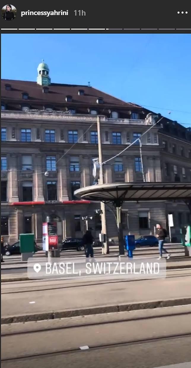 Syahrini jalan-jalan di Basel, Swiss