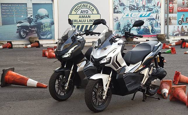Dua unit Honda ADV150 pasca dites media.