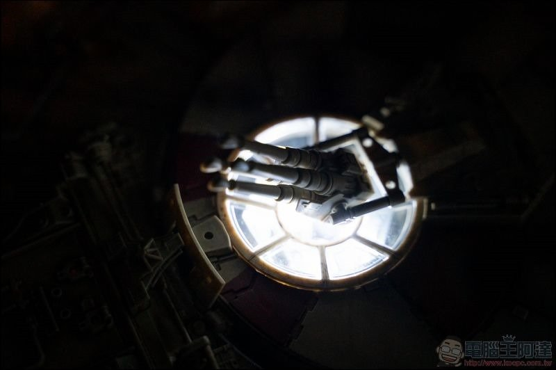 千年鷹號 Millennium Falcon 1:1 模型開箱 - 20