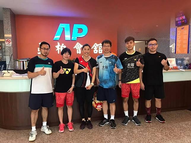 亞柏羽球隊找來韓籍教練金志炫(Kim Ji Hyun)加入團隊。(圖/翻攝自亞柏羽球隊臉書)