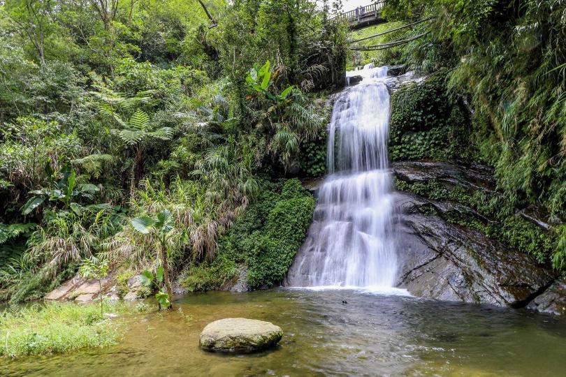 「心湖瀑布」是「圓潭自然生態園區」三大瀑布之一,景色優美動人。(圖/焦正德攝)