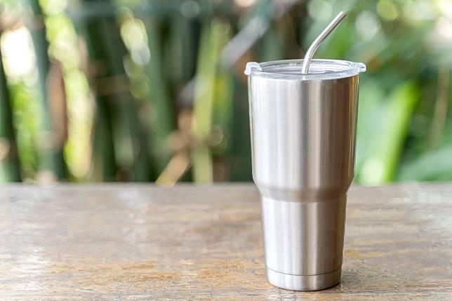 เตือนภัย!! แก้วเก็บความเย็น เสี่ยงสะสมเชื้อโรคและเชื้อรา อาจส่งผลเสียต่อสุขภาพ