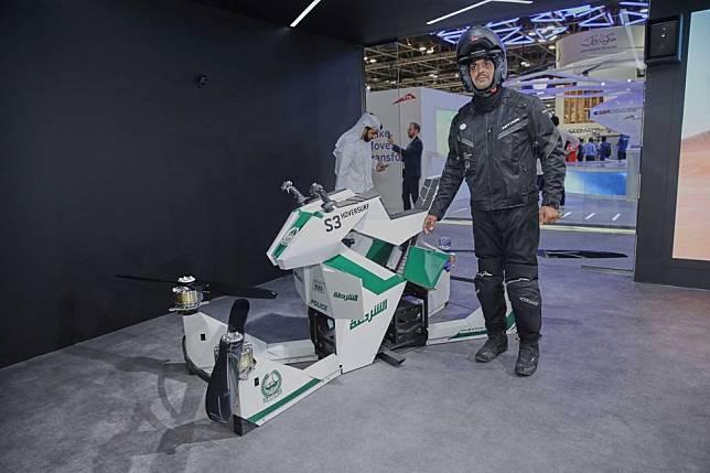 Gokil, Polisi Di Dubai Bakalan Patroli Naik Motor Terbang
