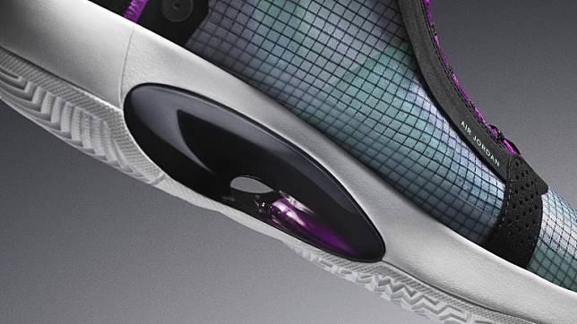 鞋款採用全新Eclipse Plate科技,於中底位置設有一個凹糟設計令Zoom Air氣墊可以無約束地壓縮及變形,強化活塞式效果。(互聯網)