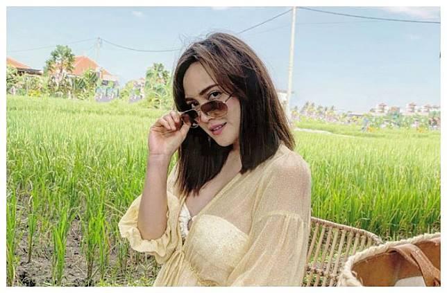 Beri Jawaban Menohok Soal Penampilan Terbukanya, Shandy Aulia Buah Bibir Netizen di Twitter