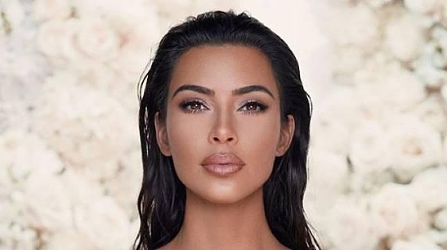 Kim Kardashian. (Instagram/@kkwbeauty)