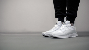 新聞速報 / Nike Lunar Huarache Light SP