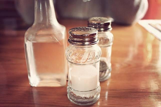 10 Benda di Restoran yang Paling Banyak Mengandung Bakteri