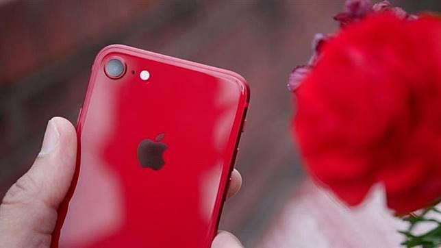 ▲外媒指出明年蘋果將推 價格超俗的 SE2 。 (圖/翻攝MacRumors/9to5mac )