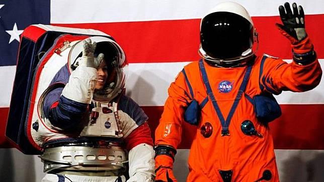 Baju astronaut NASA terbaru