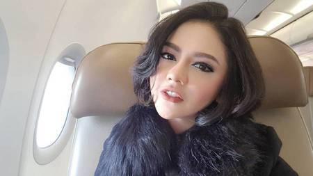 Pesona Cantik Flawless Jenita Janet 7a2f5d2bc9
