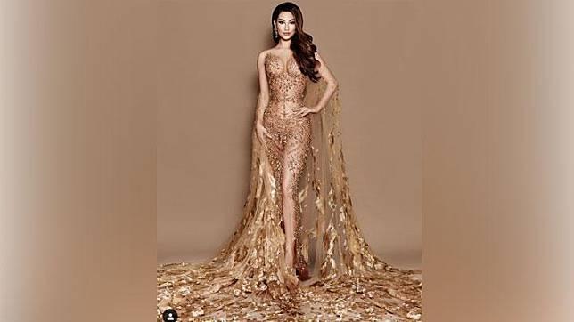Frederika Alexis Cull mencatatkan sejarah sebagai wakil Indonesia pertama yang berhasil masuk ke 10 besar dalam ajang Miss Universe.   Instagram/@officialputeriindonesia
