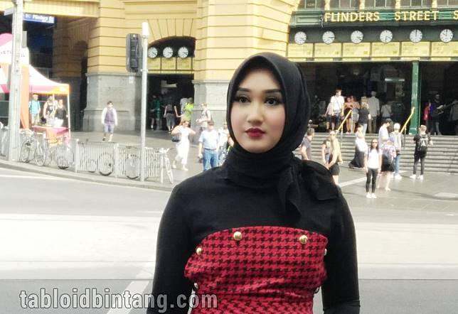 Saat Silaturahmi Idul Fitri, Hindari Baju Berlengan Lebar