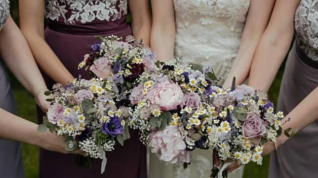 Ilustrasi pernikahan. (Unsplash/Thomas AE)