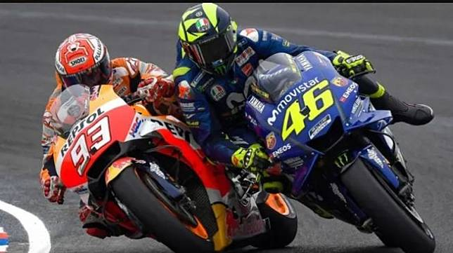 Persaingan Valentino Rossi dan Marc Marquezdi MotoGP Argentina 2018  (Twitter/MotoGP)