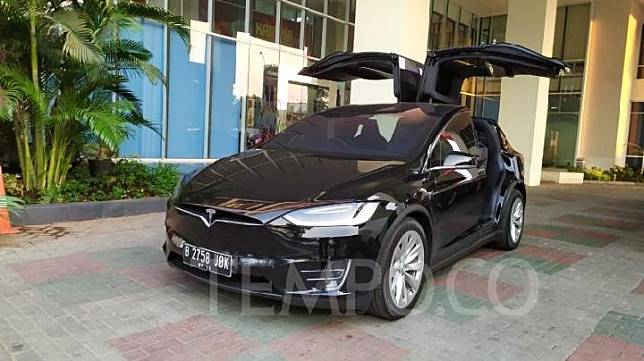 Tesla Model X. 10 Juni 2019. TEMPO/Wawan Priyanto