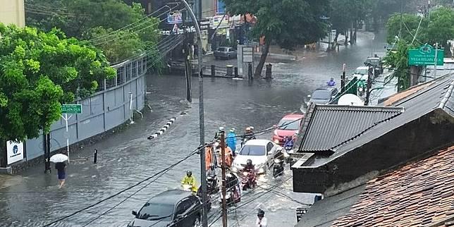 Puluhan Rumah di Kebon Jeruk, Jakarta Barat, Terendam Banjir Lagi