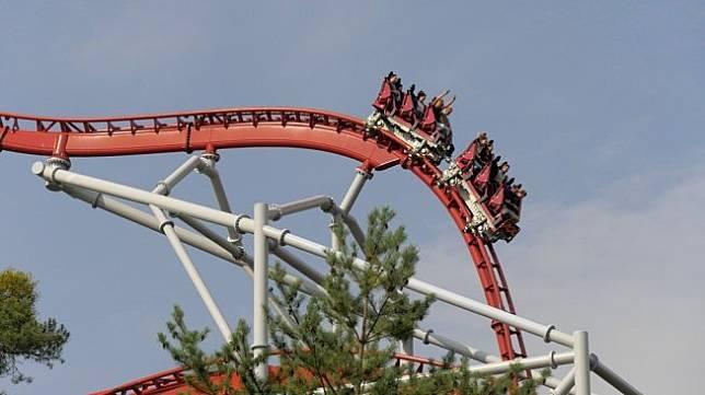 Ilustrasi roller coaster. (Pixabay/dlonher)