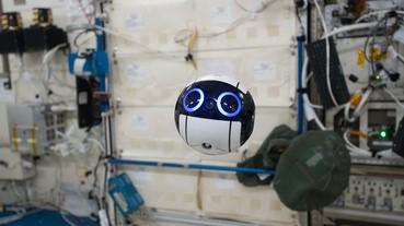 國際太空站的可愛機械人 人家是有任務的