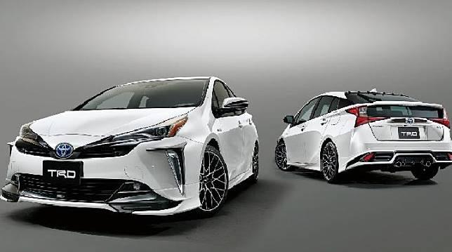 Toyota Prius TRD 2019 kini sosoknya makin keren dan agresif. Sumber: carscoops.com