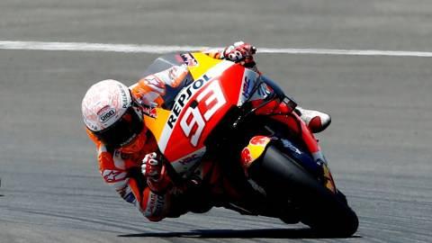 Detik-detik Crash Mengerikan Marc Marquez: Motor Melayang, Tubuh Terseret