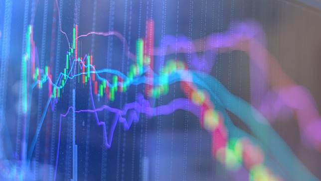 中美貿易戰暫歇,美伊衝突就來...2020年投資佈局,股市大咖點名這些ETF