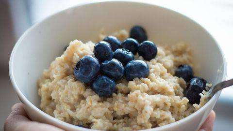 8 Manfaat Sarapan dengan Oatmeal si Superfood