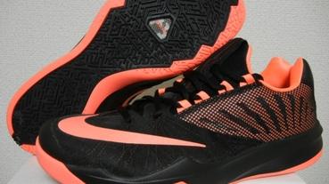 新聞速報 / Nike Zoom Run The One 'Black & Red'