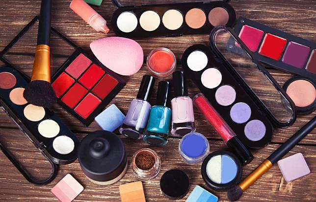 Bahan Kosmetik Yang Harus Dihindari Kulit Berjerawat
