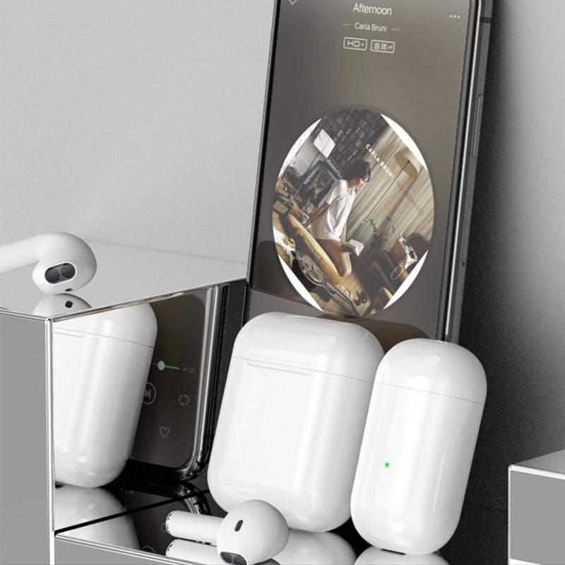 產品特色 優勢全面升級,新一代可觸單耳藍牙音樂耳機 AirSolo耳機極具表現力 高度還原原聲,呈現強勁的寬廣音域 新一代智能Touch,多功能一鍵操控 兼容iOS與Android,只要設備有藍牙就可