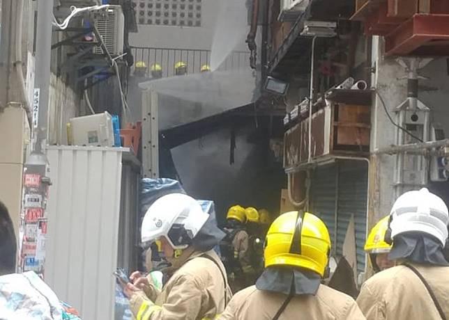 消防開喉灌救。