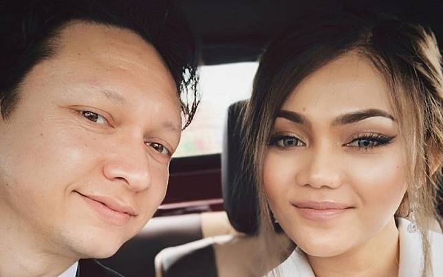 Baru Menikah, Rina Nose & Josscy Alami Musibah