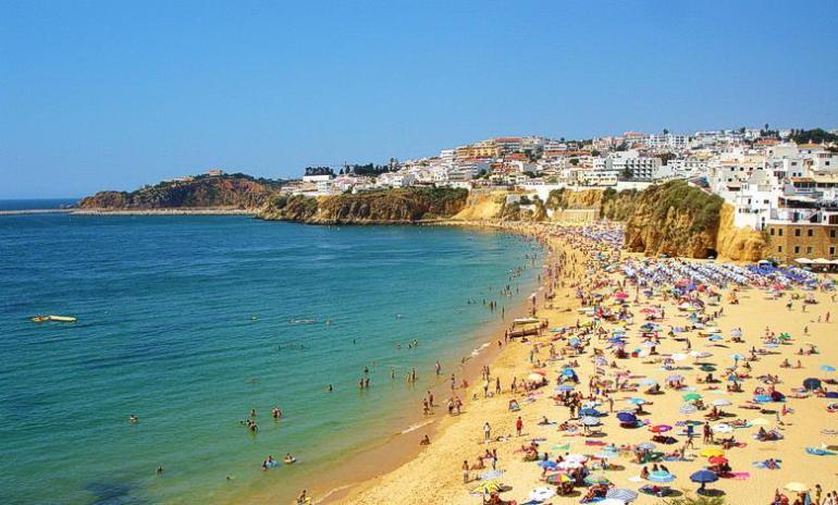 beach-peneco-albufeira-algarve-780x470