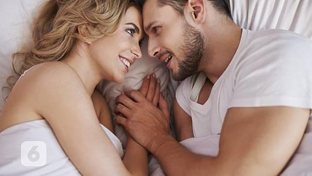 Manfaat Berhubungan Seks di Jam Tertentu