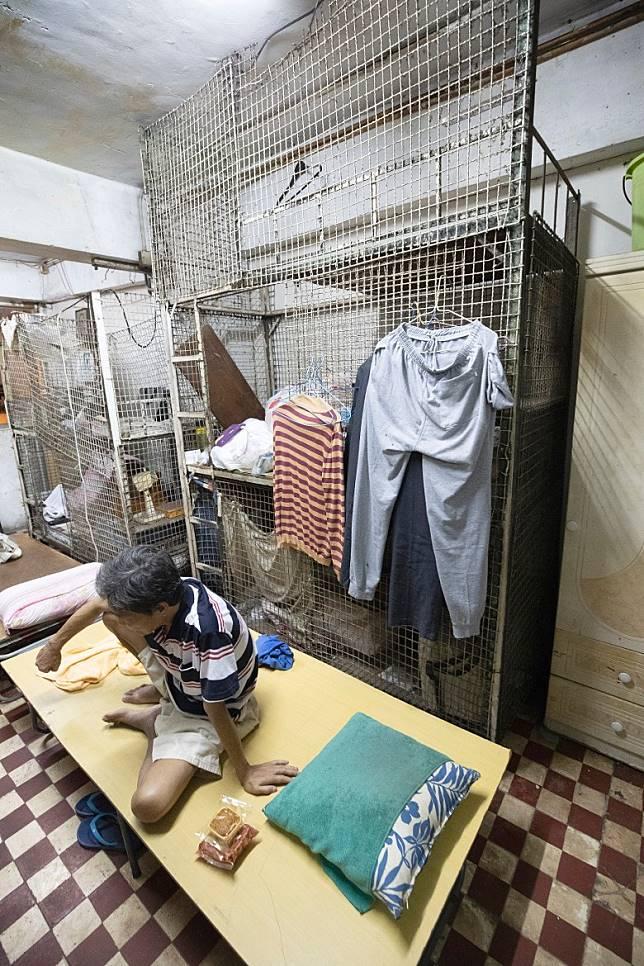 本港仍有不少基層住在籠屋等環境欠佳的居所。(受訪者提供)