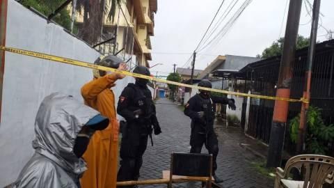 Kotak Bertuliskan 'Islam X' Gegerkan Warga Makassar, Jibom Brimob Turun Tangan (2)