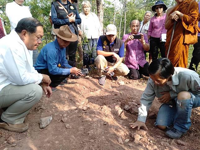 ฮือฮา! พบโครงกระดูกไดโนเสาร์อายุกว่า 130 ปีกลางหุบเขาหนองบัวลำภู