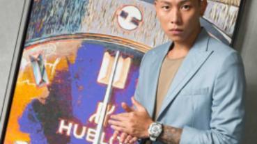 「行走的費洛蒙」瘦子漫談時間藝術!酷帥演繹宇舶「Big Bang Sang Bleu II」刺青腕錶 引爆黑白時尚!