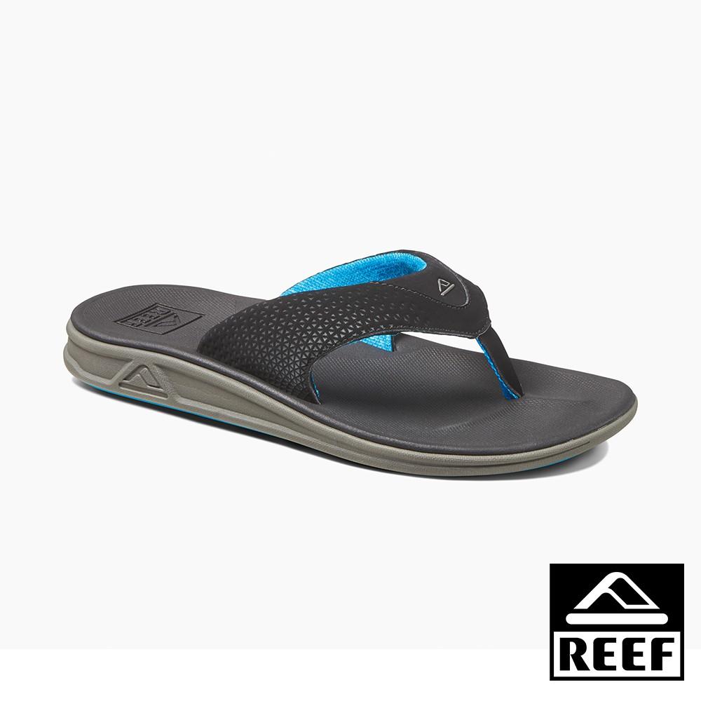1. SWELLULAR 新製鞋科技製作2. 泡棉纖維內裡,舒適不磨腳3. 人造高科技織帶及鞋床皮革4. 彈性佳之避震鞋床結構5. 橡膠外底,防滑防磨型號 : RF002295BKU⭐請依照平常運動鞋尺寸挑選 ------------------------------------------------------------------------------------------------「因多平台銷售或是與實體共用庫存, 下單前請先詢問庫存,若下單前未先聊聊詢問, 我們可能會請買家取消訂單喔」------------------------------------------------------------------------------------------------若是需要快速到貨請先聊聊跟我們說一聲 並下單賣家宅配 有現貨並於當天三點前下單當天可以出貨,蝦皮配合的黑貓是隔天收貨最快要2-3天才會送到您指定地址,有任何問題歡迎隨時聊聊跟我們討論,我們會盡力幫忙解決大家的問題唷~------------------------------------------------------------------------------------------------#REEF #夾腳拖 #人字拖 #夏天拖鞋 #舒適好穿 #沙灘 #海邊 #涼拖 #人體工學 #衝浪 #美國品牌 #高科技拖鞋 #男款 #升級版 #時尚 #新品上市 #全台獨家科技 #最高等級