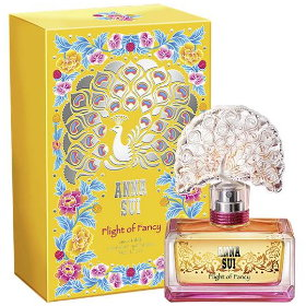 Anna Sui的香水,真的都好適合收藏哦!每一款的瓶身都很夢幻~ 這款的香味是果香中帶點甜美,但卻又甜而不膩,很適合當入門香哦!