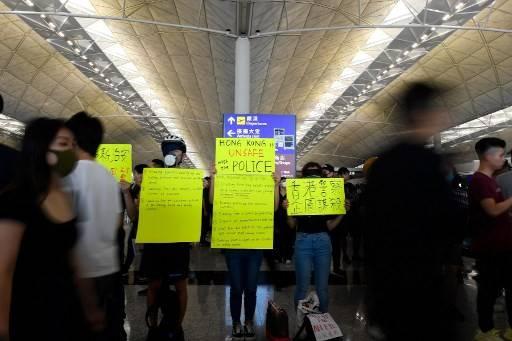 China Says Hong Kong Airport Protesters Acted Like Terrorists