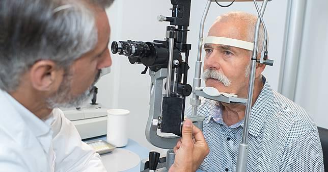 核性白內障恐加深近視 醫:水晶體混濁所致