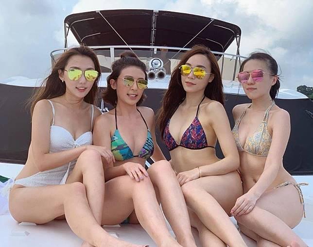 (右起)無綫小花吳紫韻、李君妍、鄧以婷及王子涵出海晒泳裝。