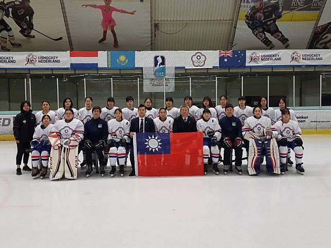 ▲中華U18冰球代表隊。(圖/中華民國冰球協會提供)