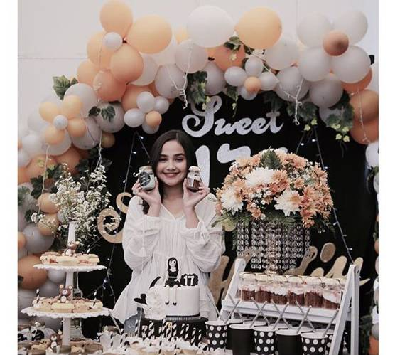6 Pesta Ulang Tahun Sweet 17 Para Artis