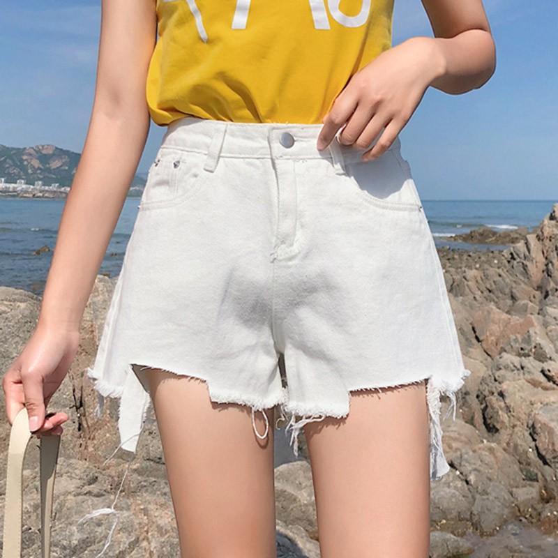 【現貨】 超顯牛仔短褲 夏裝 白色 丹寧牛仔短褲 高腰 女生 顯瘦 韓妞時尚 潮流 破洞 刷破短褲 短褲 毛邊 熱褲