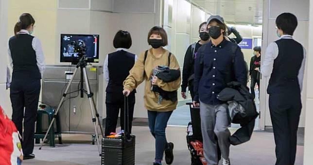 武漢肺炎/台商「疑染病逃回台灣」 疾管署:從中國回來14天出現症狀都要通報