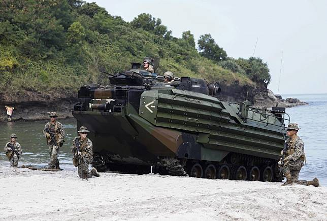How tighter Philippines-US defence ties contradict Rodrigo Duterte's Beijing-friendly foreign policy