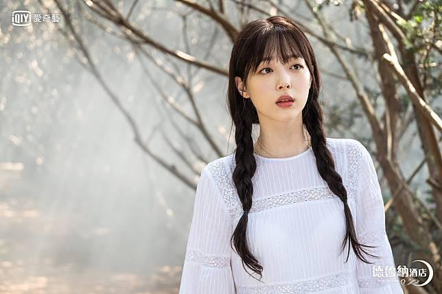 《德魯納酒店》EP10劇照(4)_Suli友情客串 化名富家女鄭知恩演出